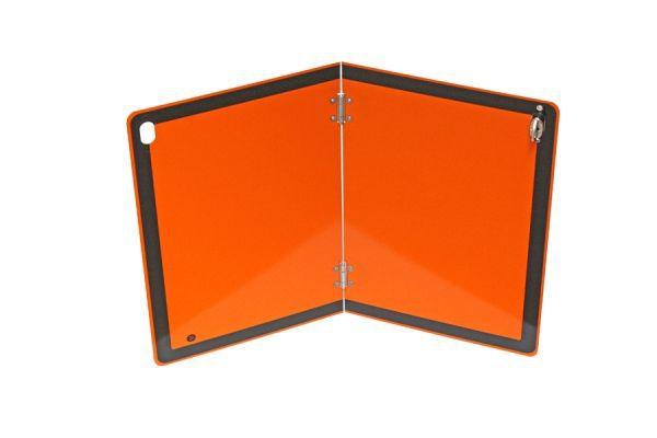 Plaque orange pliable verticalement