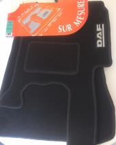 Tapis de sol avant de luxe brodé pour DAF 95 CF